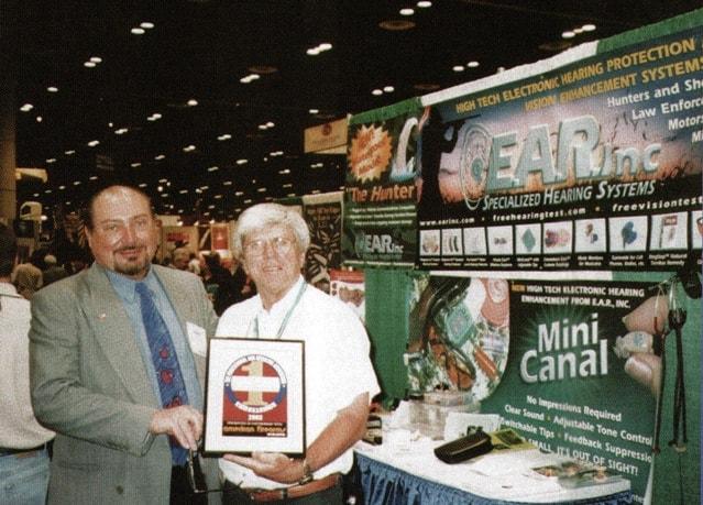 Garry Gordon receives an award